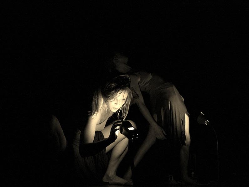 Yeva & Thoenn Glover. Shot by James Photography